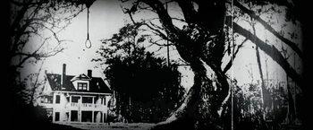 昔の死霊館 風景.jpg
