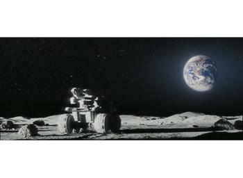 月に囚われた 月面の装甲車.jpg